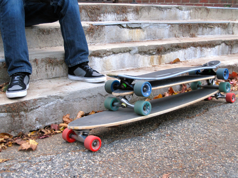 longboard skateboard difference