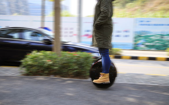 1 wheel self balancing electric unicycle scooter
