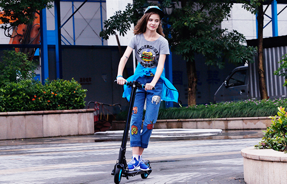 5 Reasons to Buy Electric Scooter
