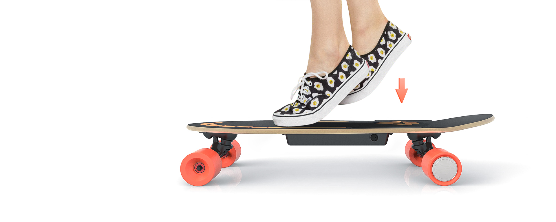 Standing on the left side of the board when it is turned on, place your right foot on the front of the board, kicking the floor by left foot to move forward and get a minimum certain speed of 4km/h, then placing your left foot on board sensor area to get persistent power-assist.